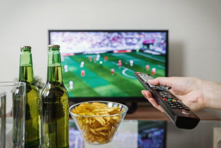 ek-voetbal-kijken